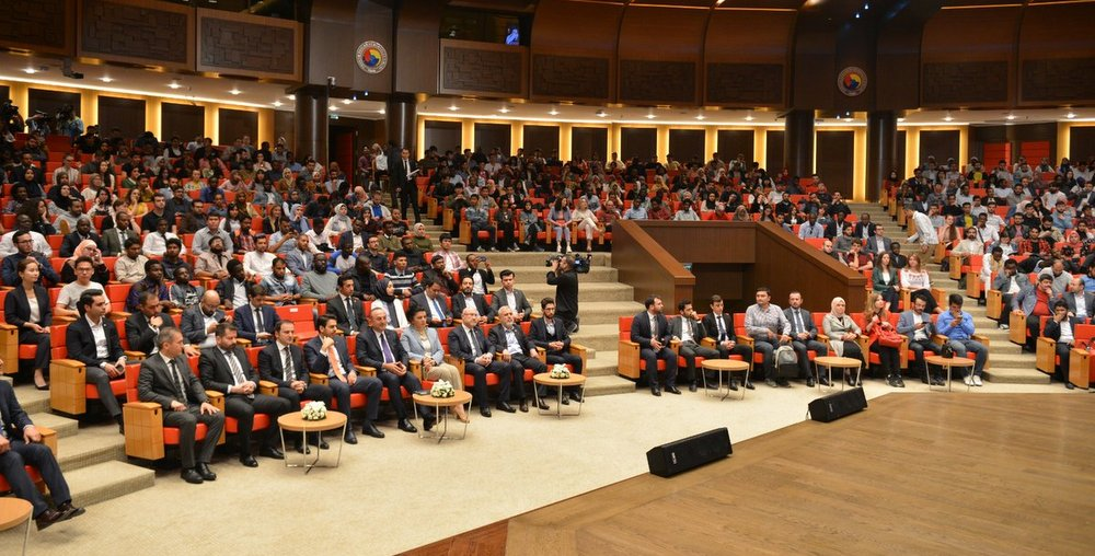 Minister Çavuşoğlu spoke to International Students in Turkey