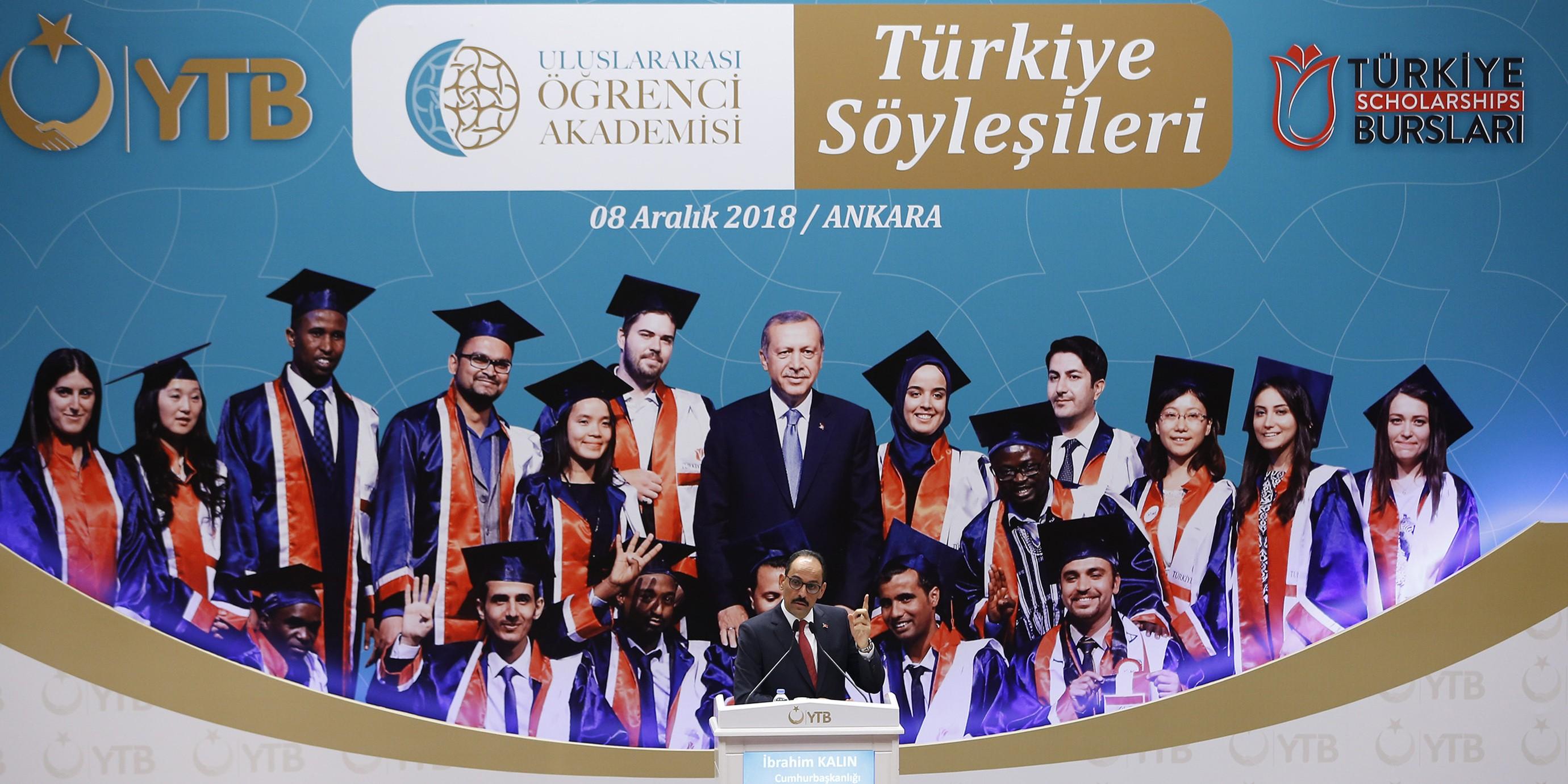 Uluslararası Öğrenci Akademisi'nin İlk Dersini Cumhurbaşkanlığı Sözcüsü İbrahim Kalın Verdi