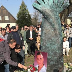 Berlin builds memorial for Turkish murder victim